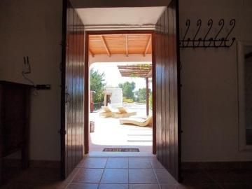 Villa / house cala d'hort to rent in cala d'hort