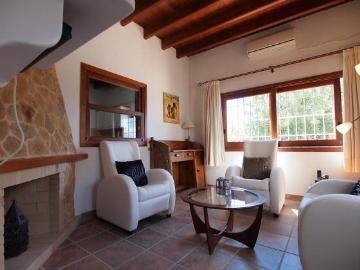 Reserve villa / house cala d'hort