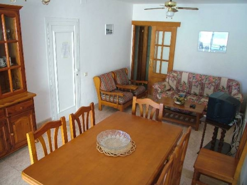 Villa / terraced or semi-detached house for 6 people