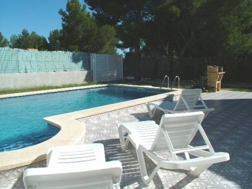 Rental villa / terraced or semi-detached house bianca 1