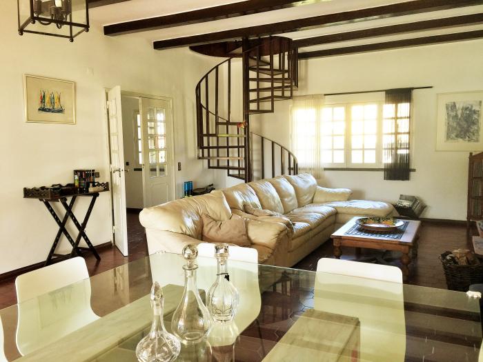 Villa / house del rio to rent in aroeira