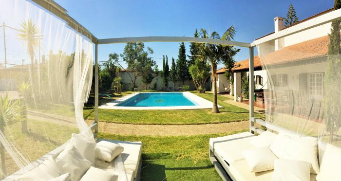 Reserve villa / house del rio