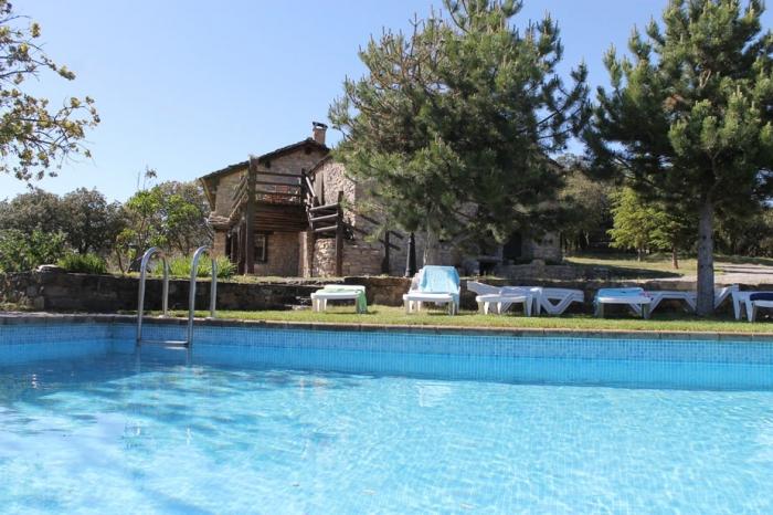 Villa / house Sobreroca 10419 to rent in Coll de Nargo
