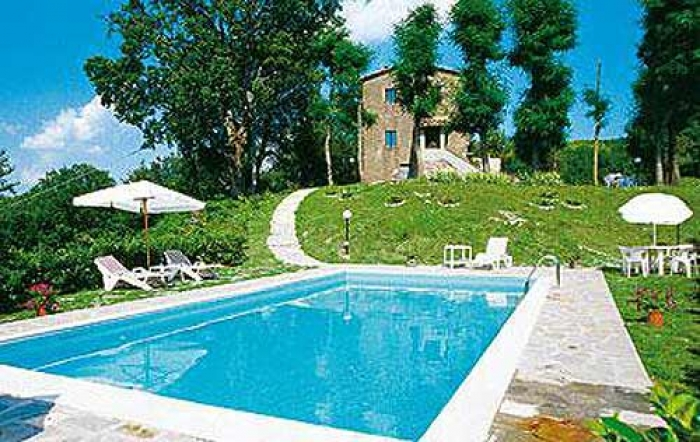 Villa / house Montegiovi to rent in Borgo San Lorenzo