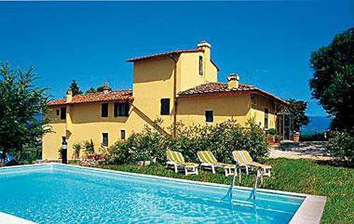 Location villa pontassieve 6 personnes res605 for Location maison piscine italie