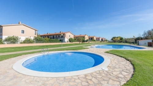 Réserver villa / maison mitoyenne mas pinell 44