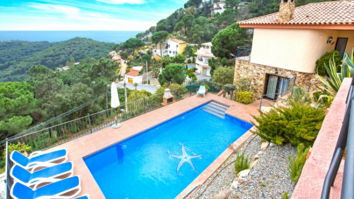 Villa / house Monica to rent in Lloret de Mar - Serra brava