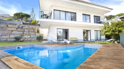 Villa / house santi to rent in lloret de mar