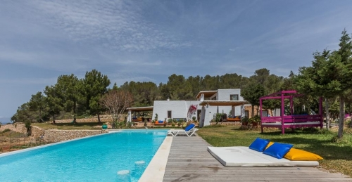 Villa / house ibiza to rent in cala salada