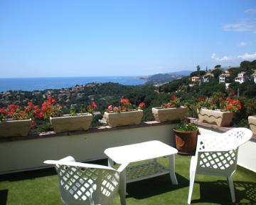 Property villa / house vista mar