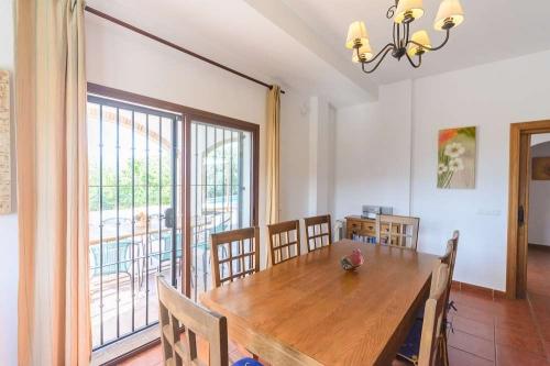Property villa / house las palomeras