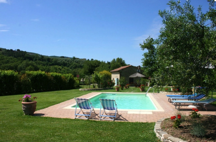 Villa / house Casa di pino to rent in Castiglion Fiorentino
