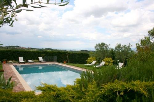 Villa / house il poggia to rent in montepulciano
