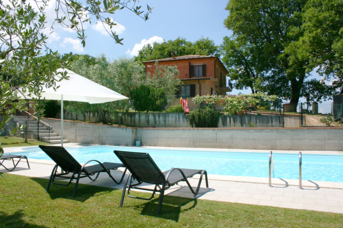 Villa / house  san bono to rent in Torrita di Siena