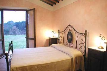 Villa / house  maty to rent in castiglione del lago