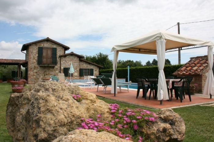 Villa / Maison Aballa à louer à Castiglione del Lago