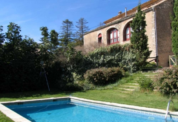 Villa / house Sant ramon 30601 to rent in Castellfollit de Riubregos