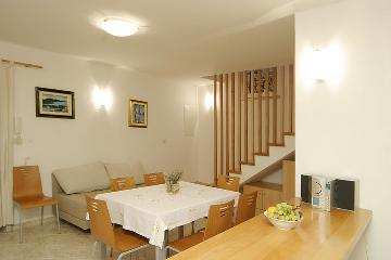Property villa / house branka
