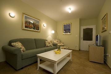 Rent villa / terraced or semi-detached house  croatia