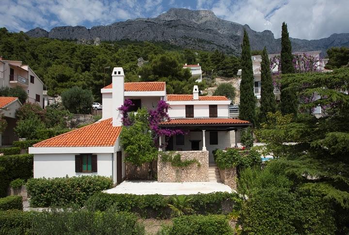 Villa / Maison Caline à louer à Baska Voda