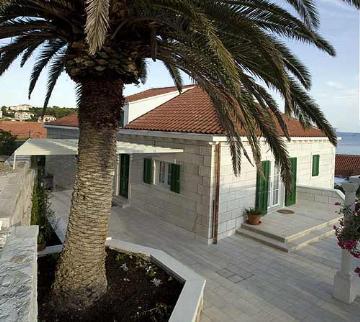 Reserve villa / house jasna