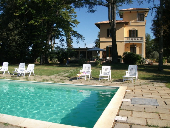 Villa / house Mirelli to rent in Monte San Savino