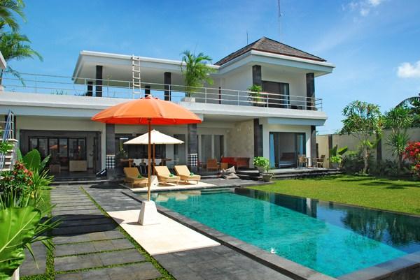 location villa seminyak 6 personnes bali613. Black Bedroom Furniture Sets. Home Design Ideas