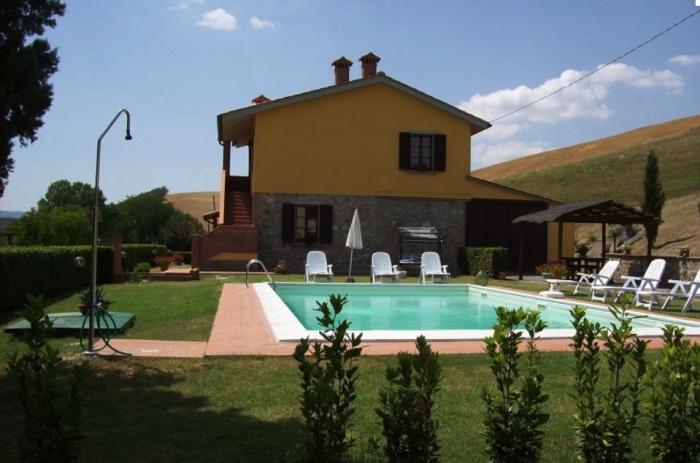 Apartment Podere bellosguardo - alabastro to rent in Volterra