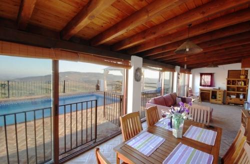 Villa / house koki to rent in antequera