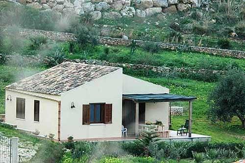 Villa / maison mosa à louer à scopello