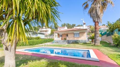 Villa / Maison Fina à louer à Lloret de Mar