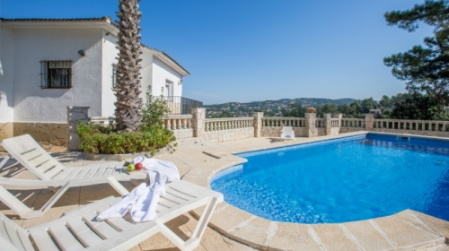 Rental villa / house herreros