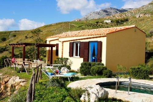 Villa / Maison Delfino à louer à Scopello