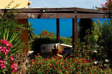 Reserve villa / house desiree