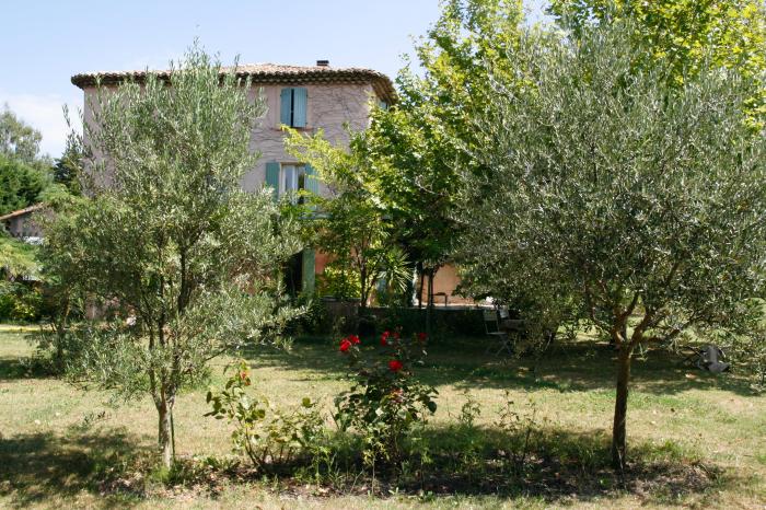 Villa / house athen to rent in entraigues sur la sorge