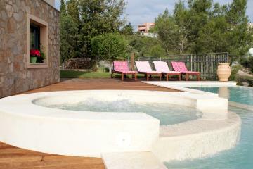 Reserve villa / house theologos