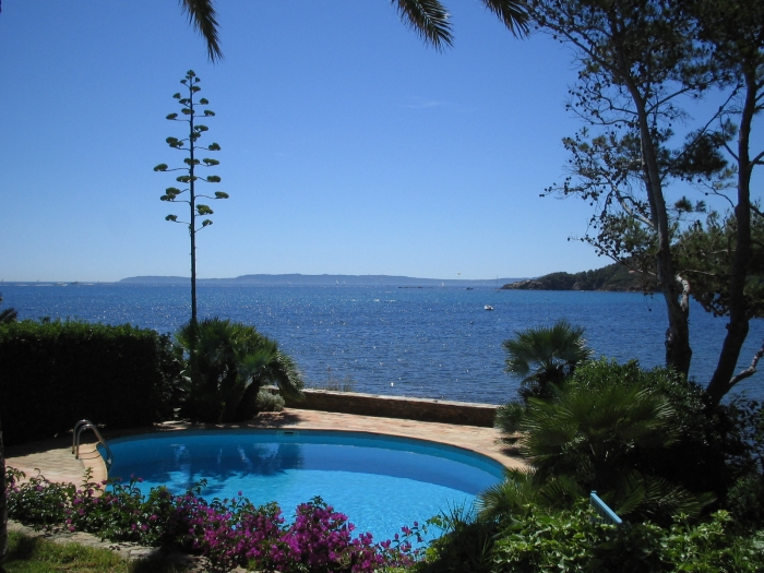Villa / house Cap benat to rent in Cap Benat
