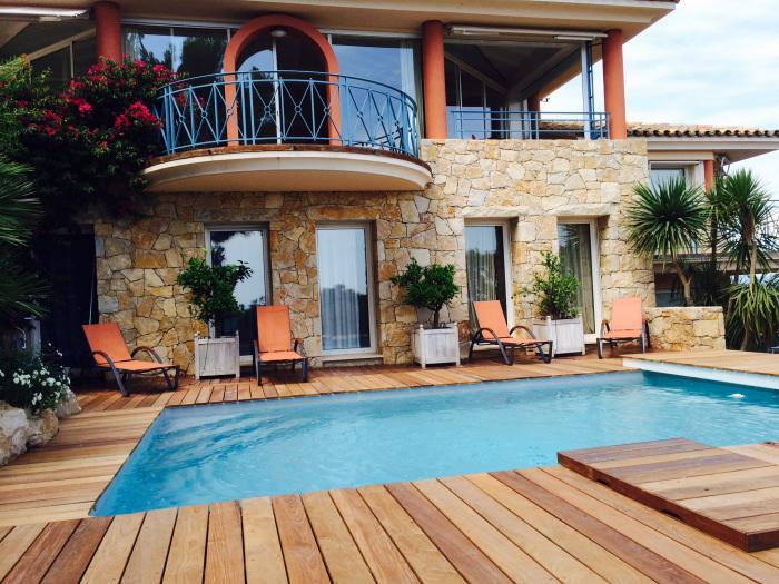 Location villa giens 8 personnes pgh08 for Location villa cote d azur piscine