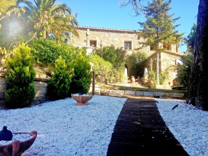 Villa / house Masia Campo to rent in Cruilles