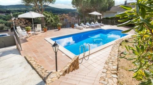 Reserve villa / house carmen