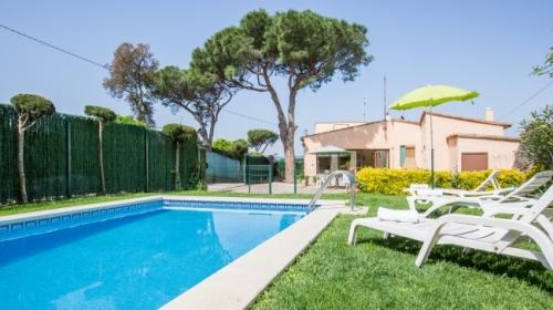 Property villa / house tres pins i