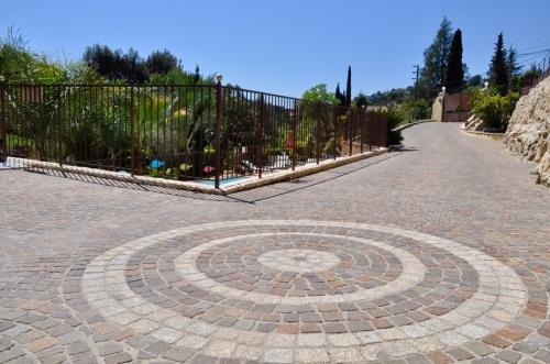 Property villa / house proche vence