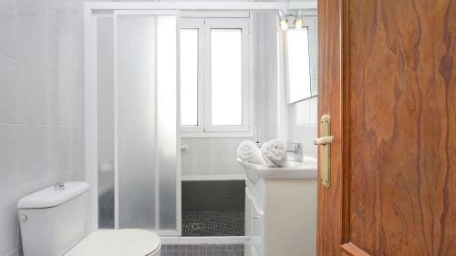 Villa / house aloso to rent in lloret de mar