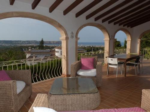 Villa / house jennifer to rent in javea