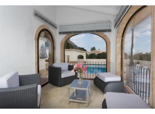 Reserve villa / house etienne