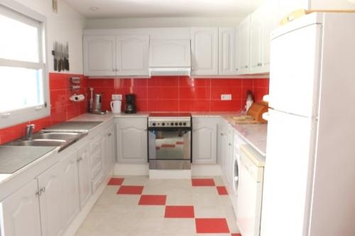 Property villa / house etienne
