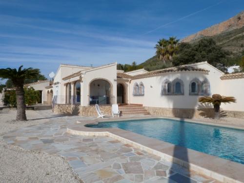 Villa / Maison Etienne à louer à Javea
