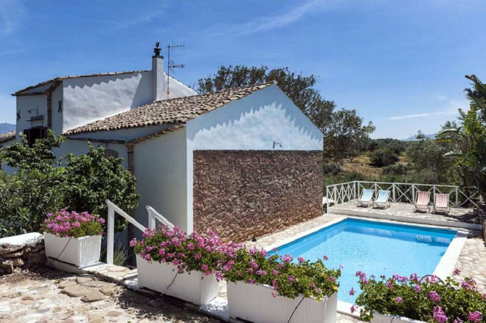 Villa / house du pont to rent in Balestrate