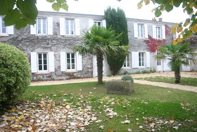 Villa / maison proche la rochelle à louer à la rochelle