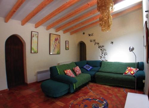 Property villa / house mauricio